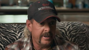 Joe Exotic Sends Thanksgiving Wishes, Pleads for Folks to Lobby Congress for Trump Pardon