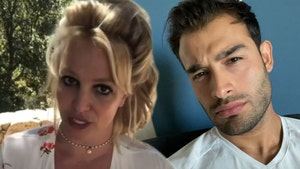 Britney Spears' BF Posts and Deletes Ring Pic, Says Account Was Hacked