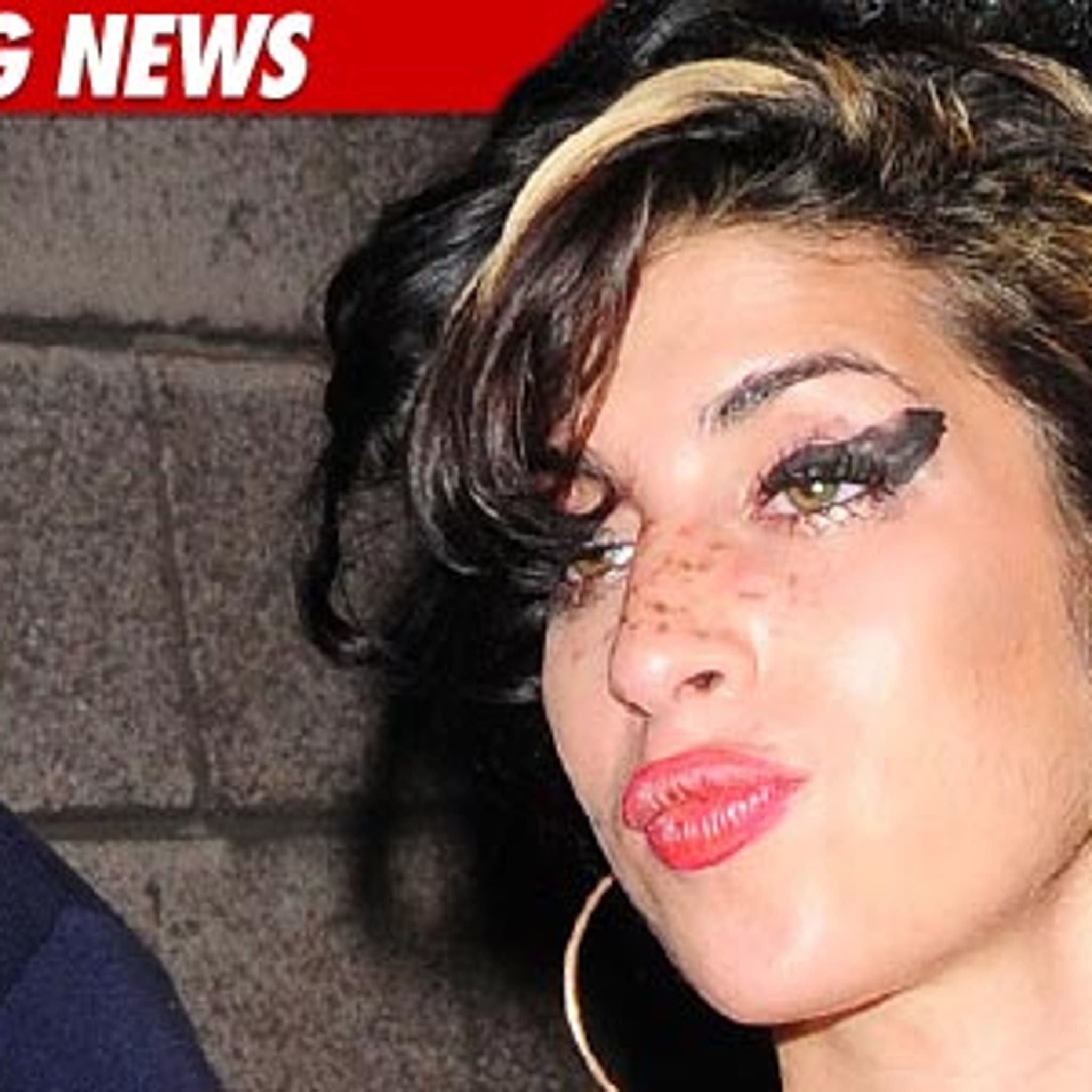 Amy Winehouse Died In Bed