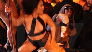 Lil Wayne -- Gives Strippers Healthy Tip (VIDEO)