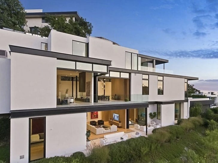 Ariana Grande's Hollywood Hills House