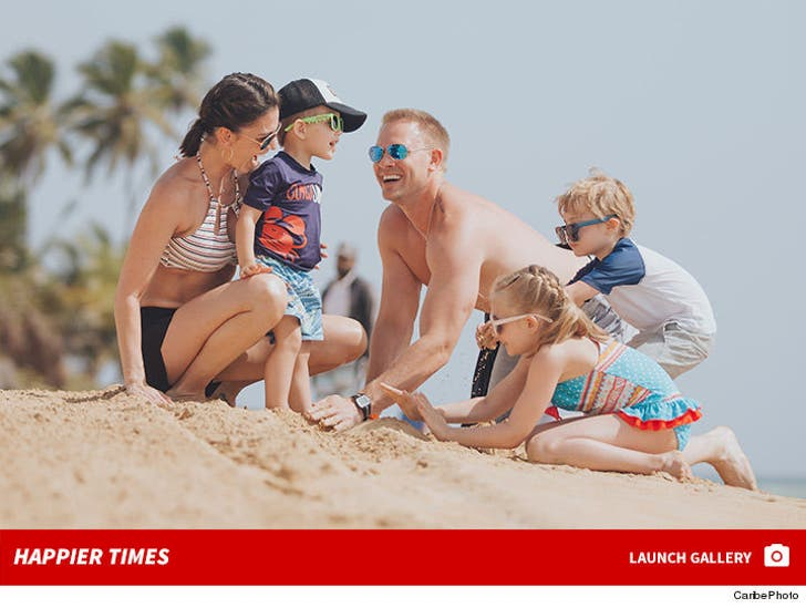 Melissa Rycroft and Family -- Happier Times