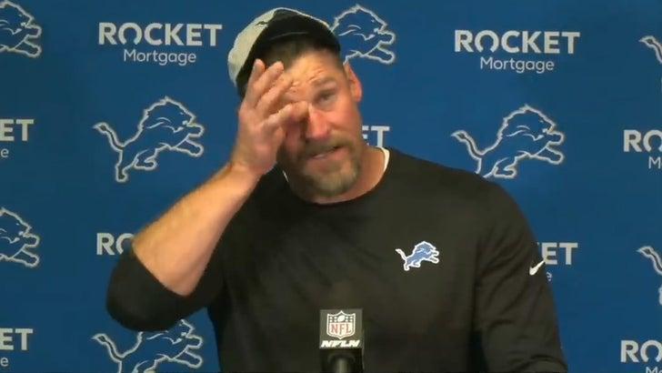 Lions Head Coach Dan Campbell Breaks Down In Tears After Loss.jpg