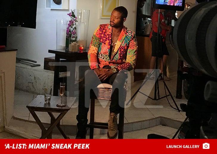 Pilot Jones on the 'A-list: Miami' Set