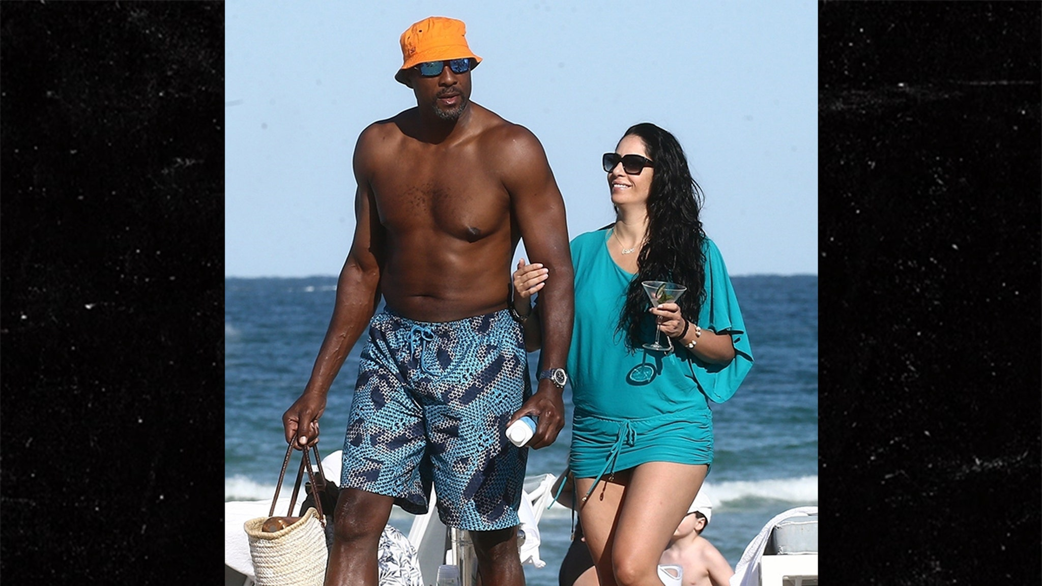 Alonzo Mourning Rebounding With Mystery Lady After