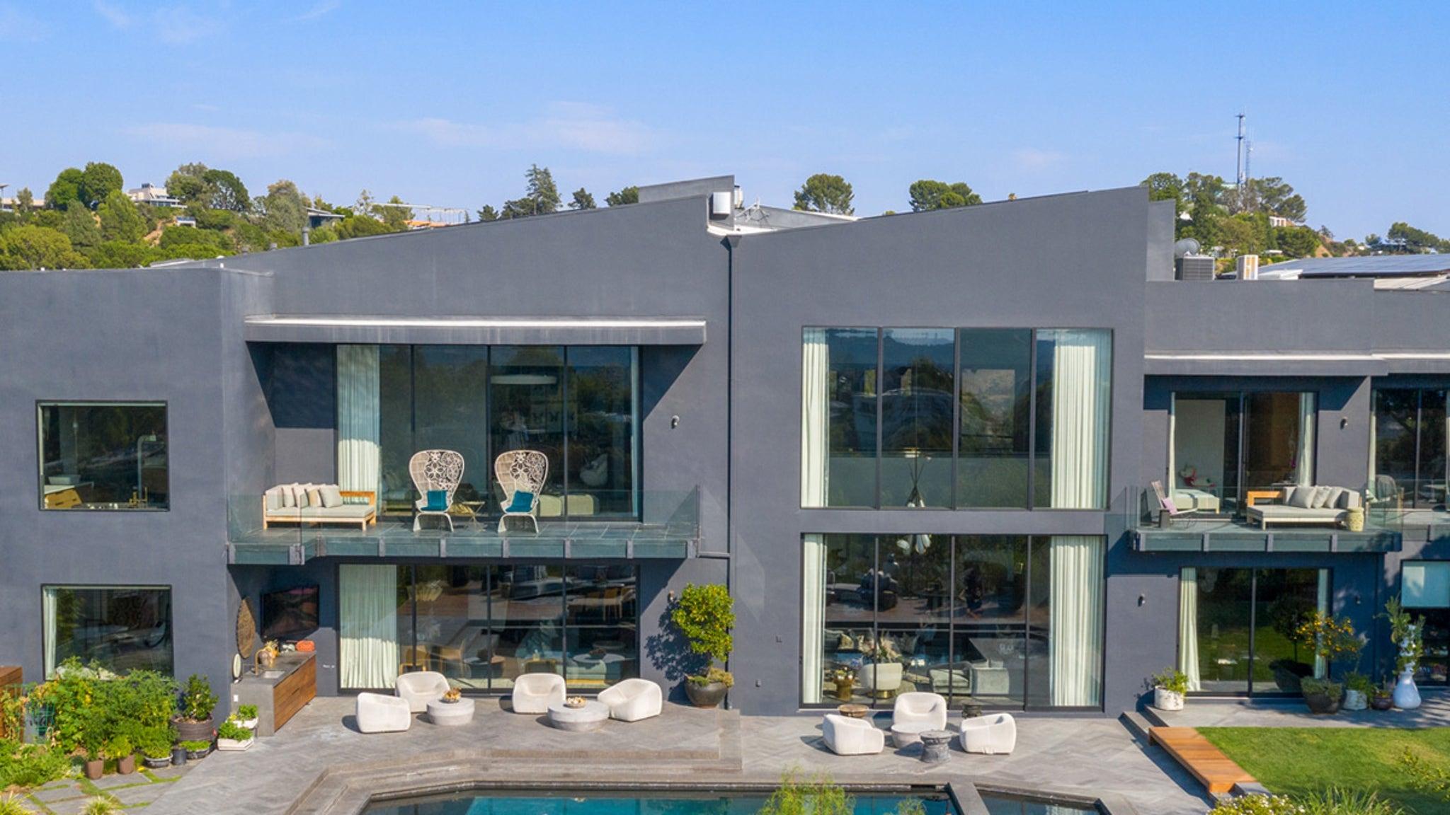 John Legend, Chrissy Teigen Selling Beverly Hills House for $23.95M thumbnail