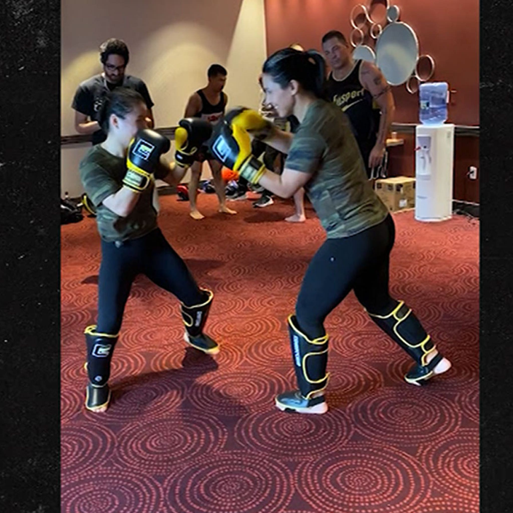 Tulsi Gabbard Spars with UFC Champ Weili Zhang, 'No Elbows, Ladies!'
