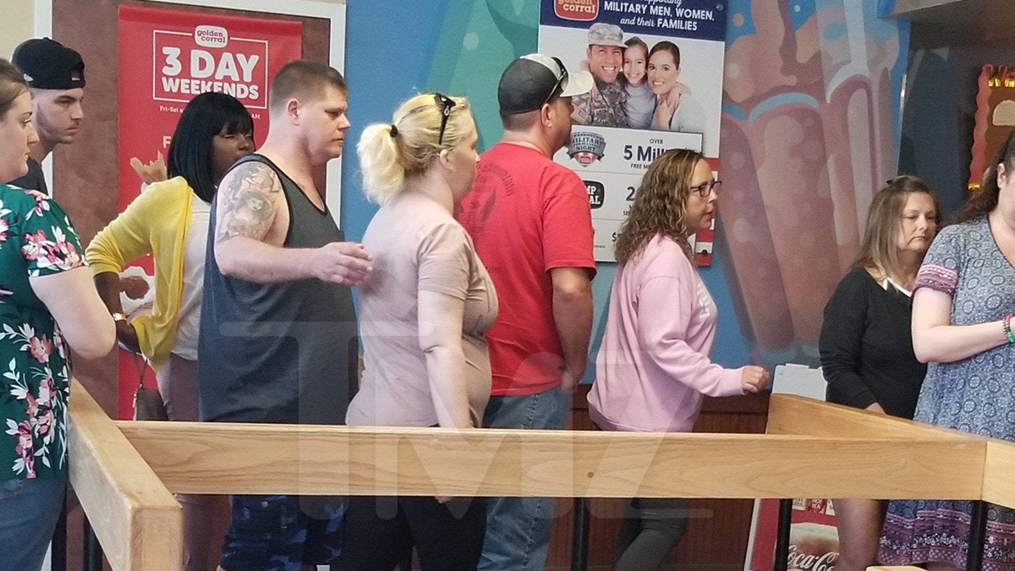 Mama June and Geno Doak Spotted at Florida Golden Corral