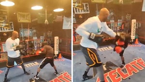 Lamar Odom Knocks Down Sparring Partner In New Training Vid For Aaron Carter Fight