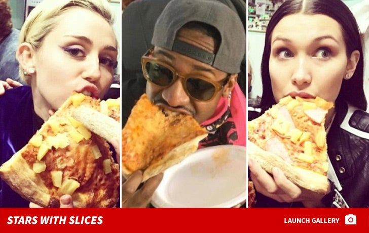 Stars Eating Pizza