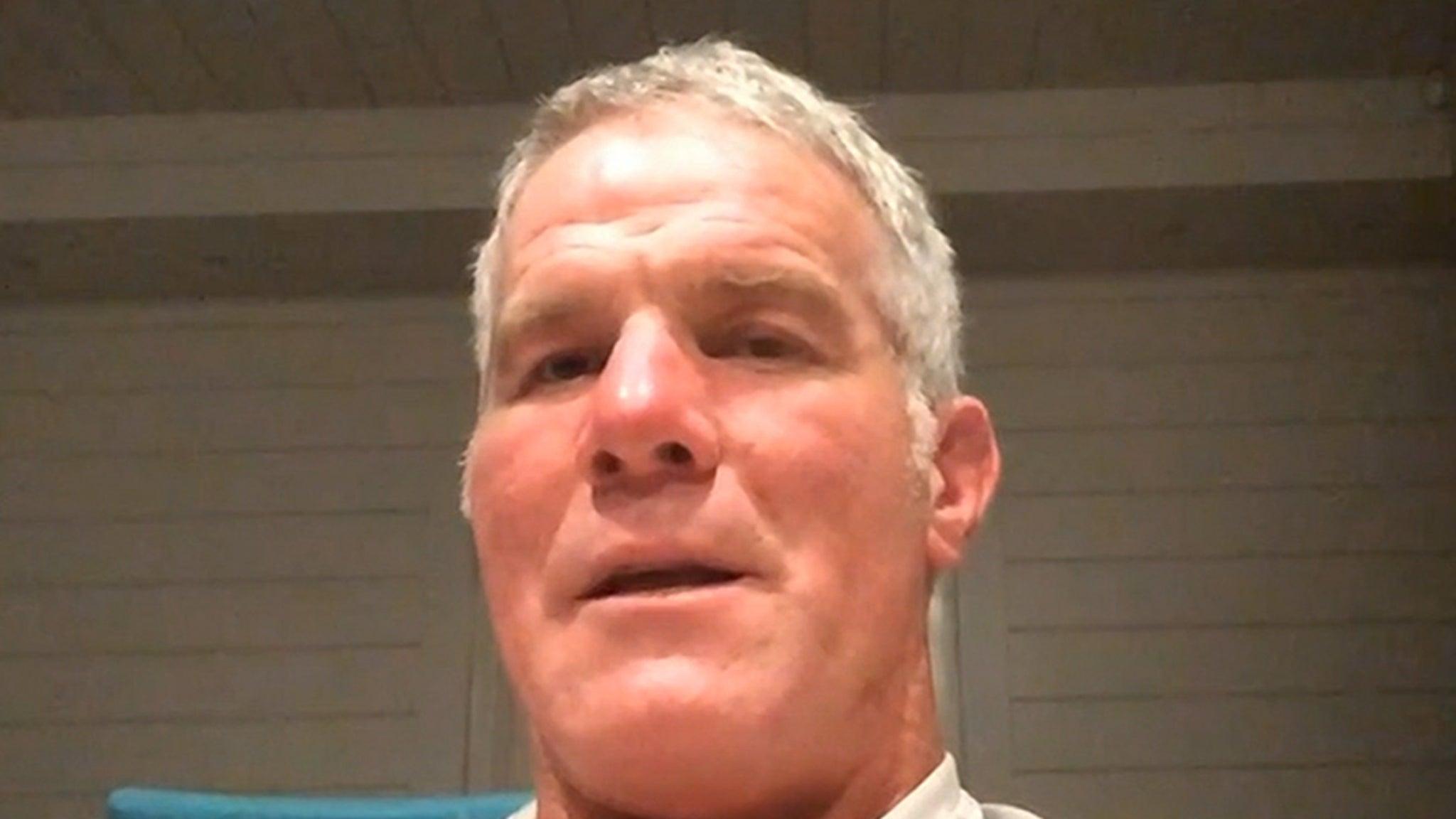 Brett Farve Says Joe Burrow To Cincinnati Would Be 'Perfect,' Hometown Boy!