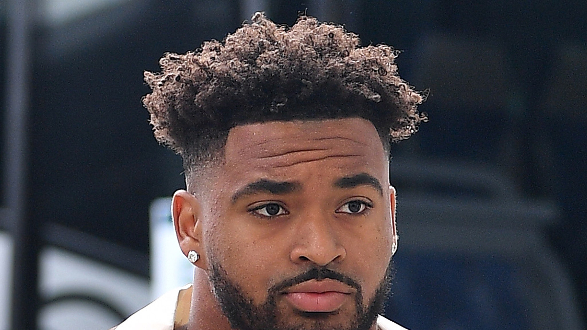 Jamal Adams 'Fought Depression' While Playing for Jets ...Kyrie Irving Talk To Pawns