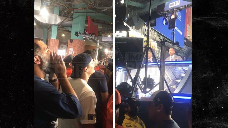 Alex Rodriguez Heckled Again At World Series W/ More Jennifer Lopez Chants.jpg