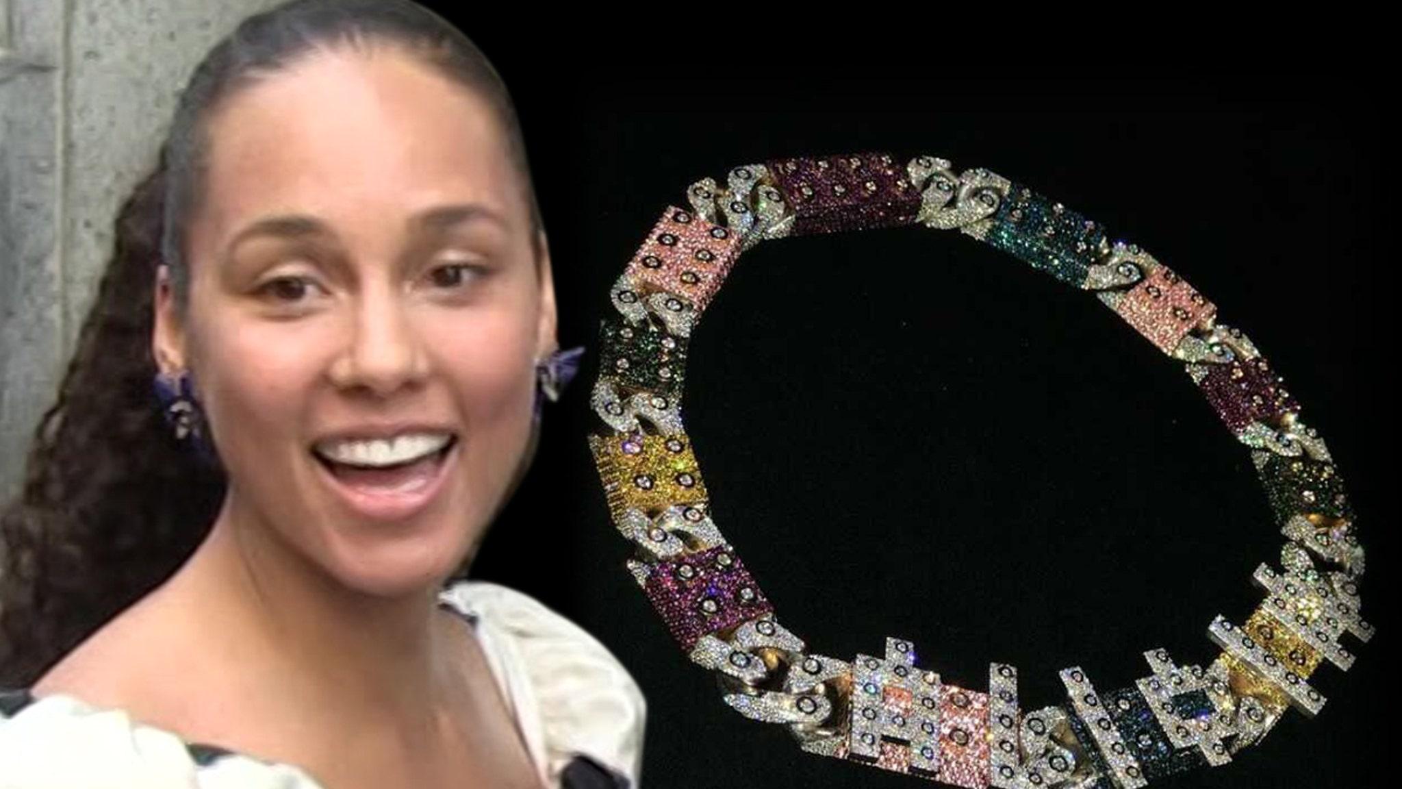 Swizz Beatz Gifts Alicia Keys Pricey LEGO-Themed Link Chain - TMZ