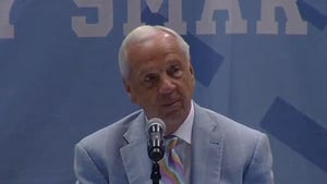Roy Williams Chokes Back Tears During Retirement Speech, 'It's Been A Thrill'