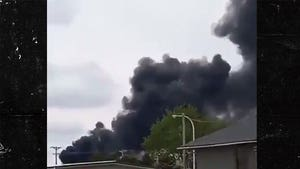 Train Derails in Iowa, Mass Evacuations Underway as Fire Grows