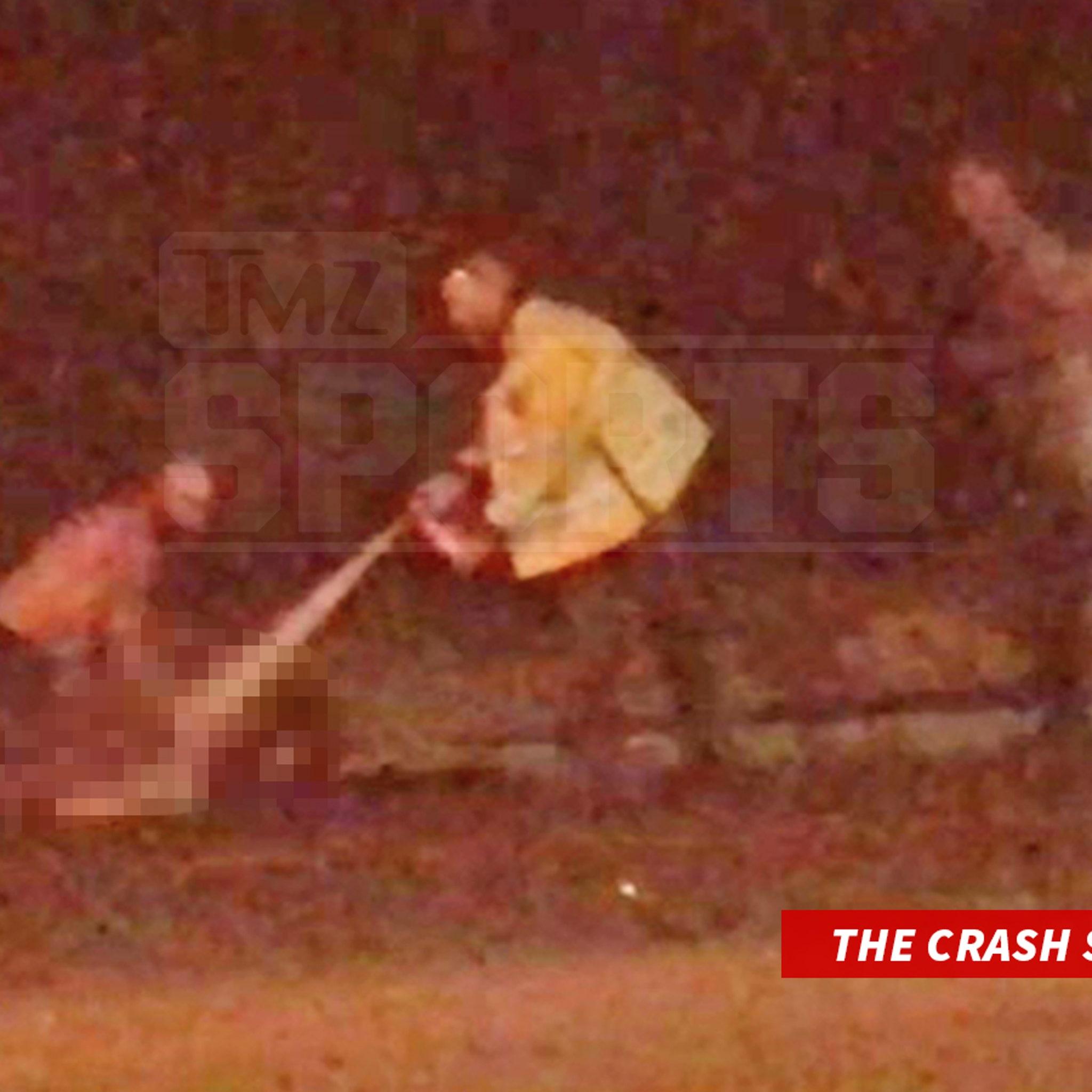 Cedric Benson Crash Video Shows Bystanders Rushing to Help NFL Star