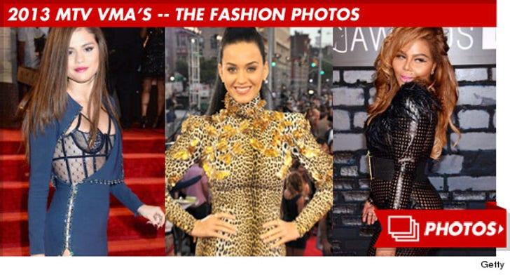 2013 MTV VMA's -- Hits, Runs and Errors!