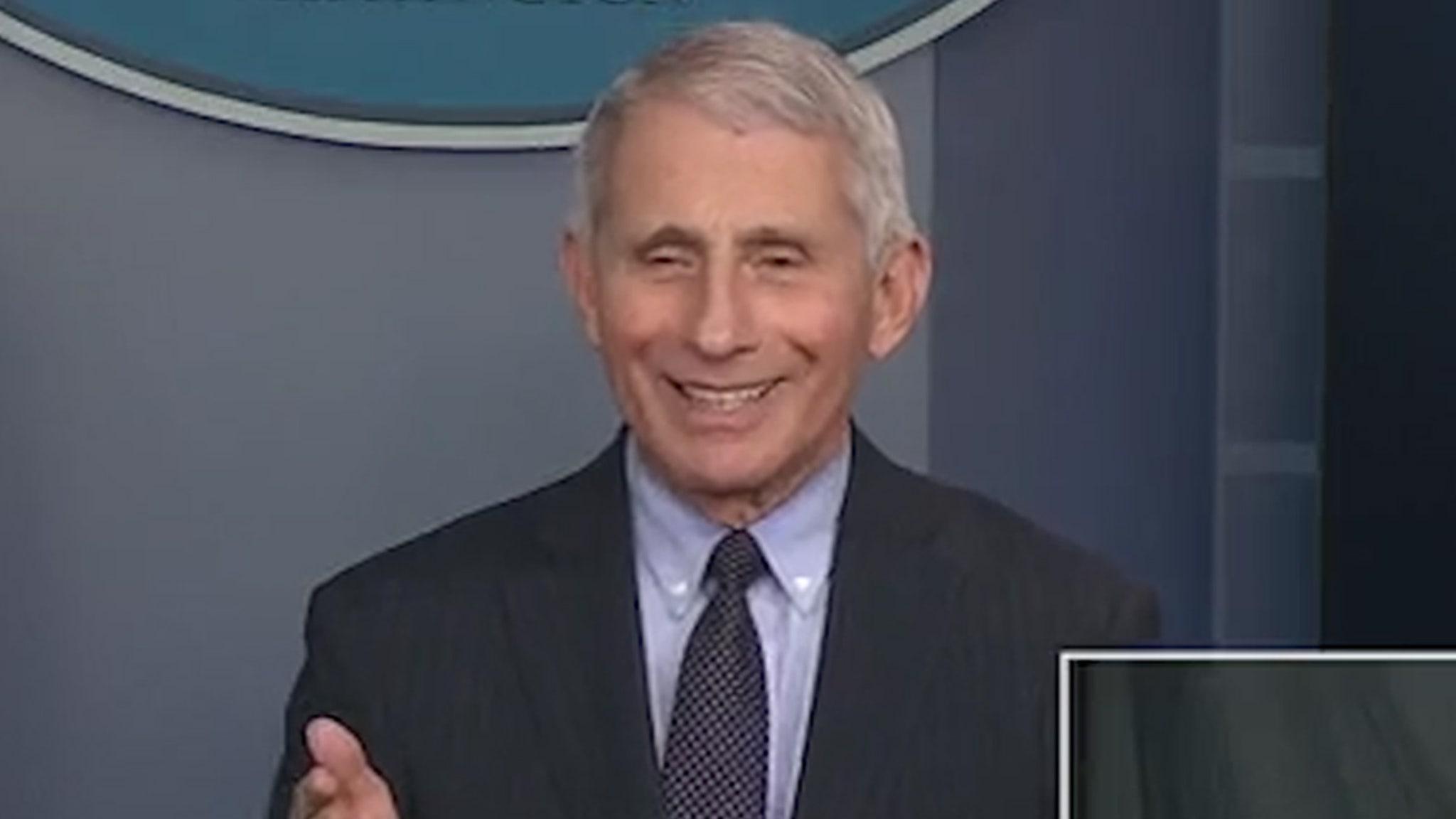 Доктор Энтони Фаучи затеняет Трампа: он чувствует себя свободным, работая на Байдена