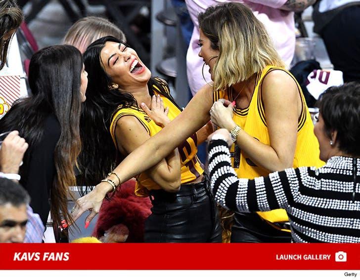 Kardashian Kavs Fans
