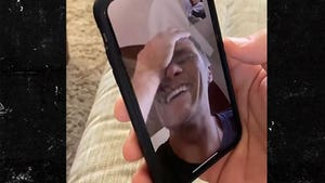 Rob Gronkowski Trolls Tom Brady W/ Epic FaceTime Prank, 'I'm Confused!'