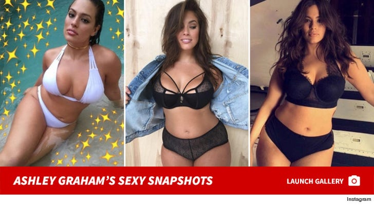 Ashley Graham's Sexy Snapshots