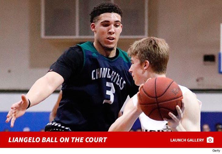 LiAngelo Ball on the Court