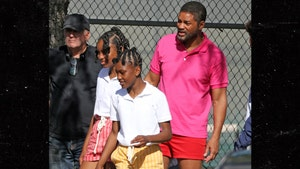 Will Smith Shoots Scenes with Young Venus & Serena Actresses