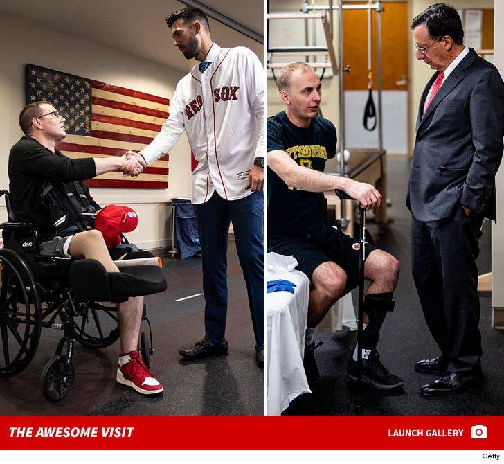 Red Sox Visit Walter Reed Medical Center