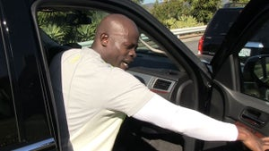 Djimon Hounsou -- Who Cares If the Black Guy Wins an Oscar!?!