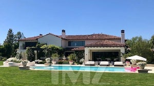 Khloe Kardashian To Sell Calabasas Mansion For $19 Million