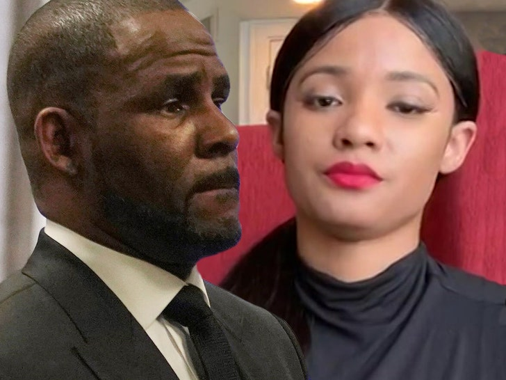 R. Kelly's Girlfriend Joycelyn Savage Turns On Him