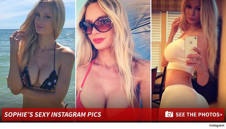 Sophie Turner's Sexy Instagram