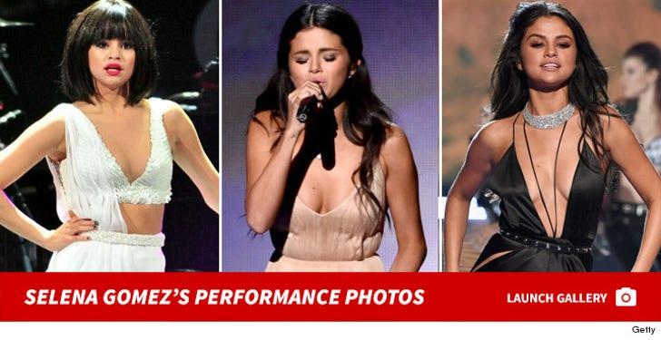 Selena Gomez's Performance Photos