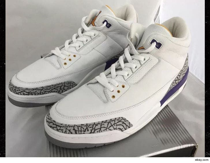 best service 52d1b fabc8 Kobe Bryant's Extremely Rare Air Jordan 3s Sell For $30,000