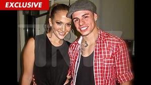 Jennifer Lopez -- First Photo with Dancer Boyfriend Casper Smart