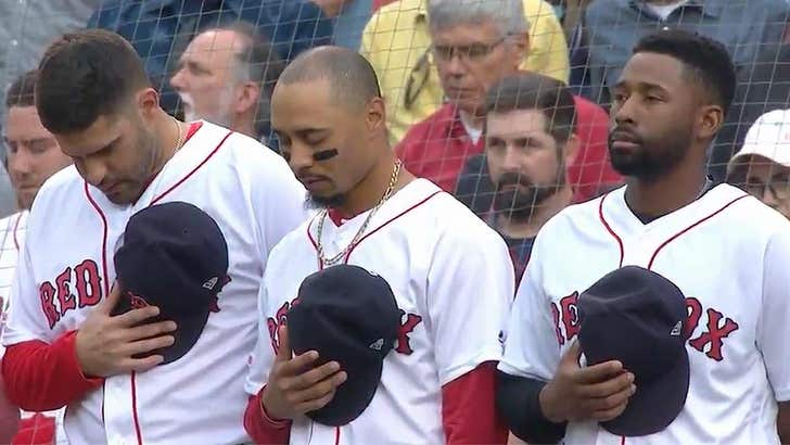 David Ortiz Honored With Moment Of Prayer At Red Sox Game