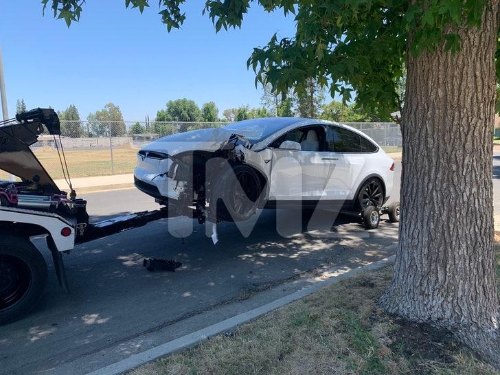 Inanna Sarkis' Tesla Crash Scene