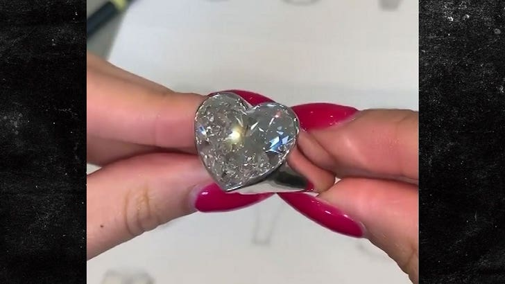 New Dollar Glitter Ring