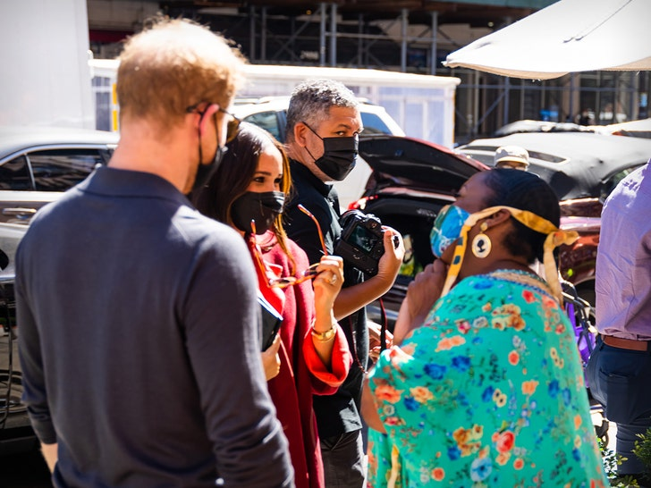 Prince Harry and Meghan Markle Try Chicken and Waffles At Melba's in Harlem.jpg