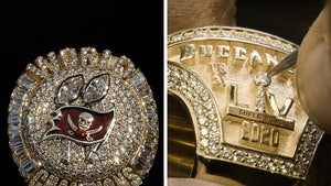 Buccaneers' Super Bowl Rings Feature Removable Top With 319 Diamonds!