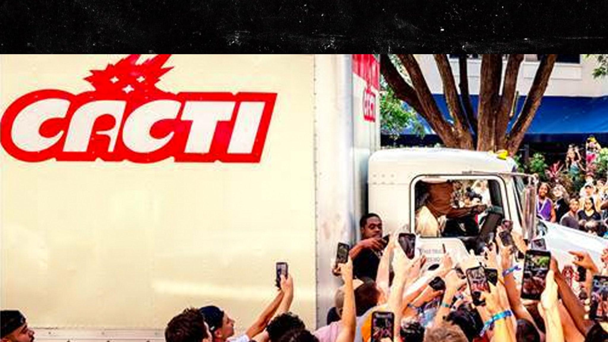Travis Scott Triggers Crazy Scene in Miami Promoting Spiked Seltzer