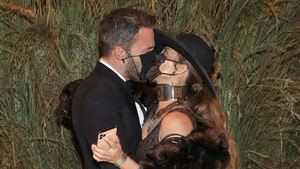 Ben Affleck and Jennifer Lopez Make Out at Met Gala