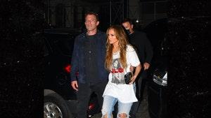 Jennifer Lopez Performs at Global Citizen Live Concert, Ben Affleck Watches