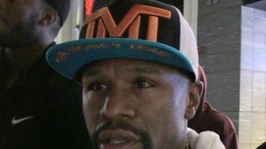 Floyd Mayweather Signs On For Major Celeb Boxing Event, But Not to Fight