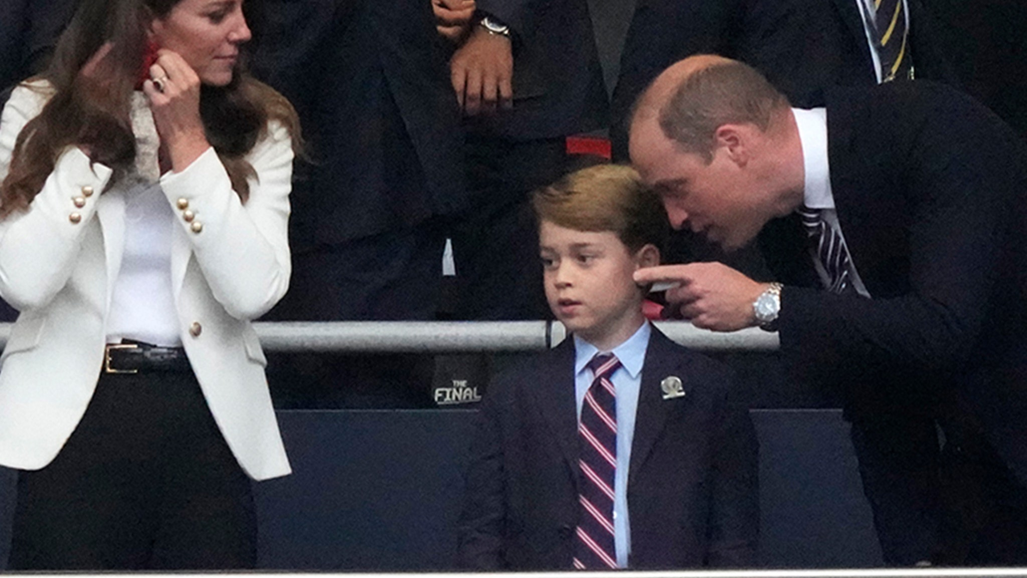 Prince George Enjoys UEFA 2020 Soccer Final with Mom & Dad – TMZ