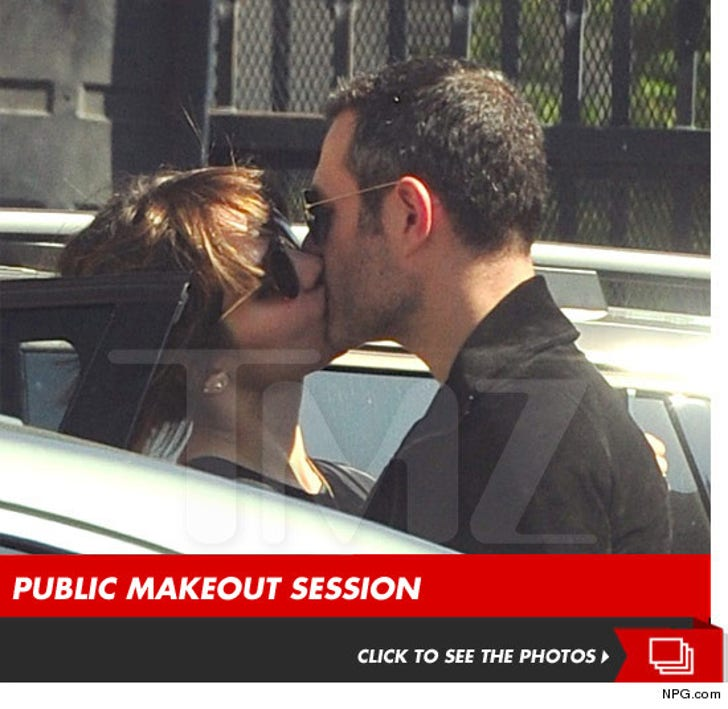 Katharine McPhee Kissing Another Man!