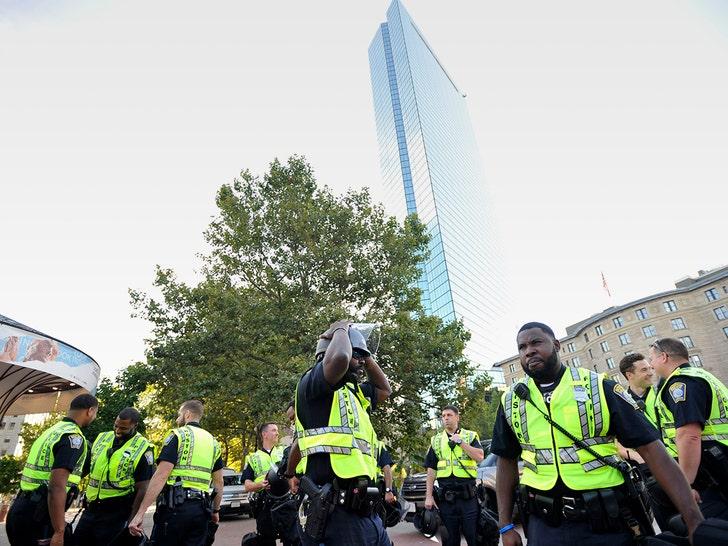 Marchers, protesters gather for Boston 'Straight Pride' march