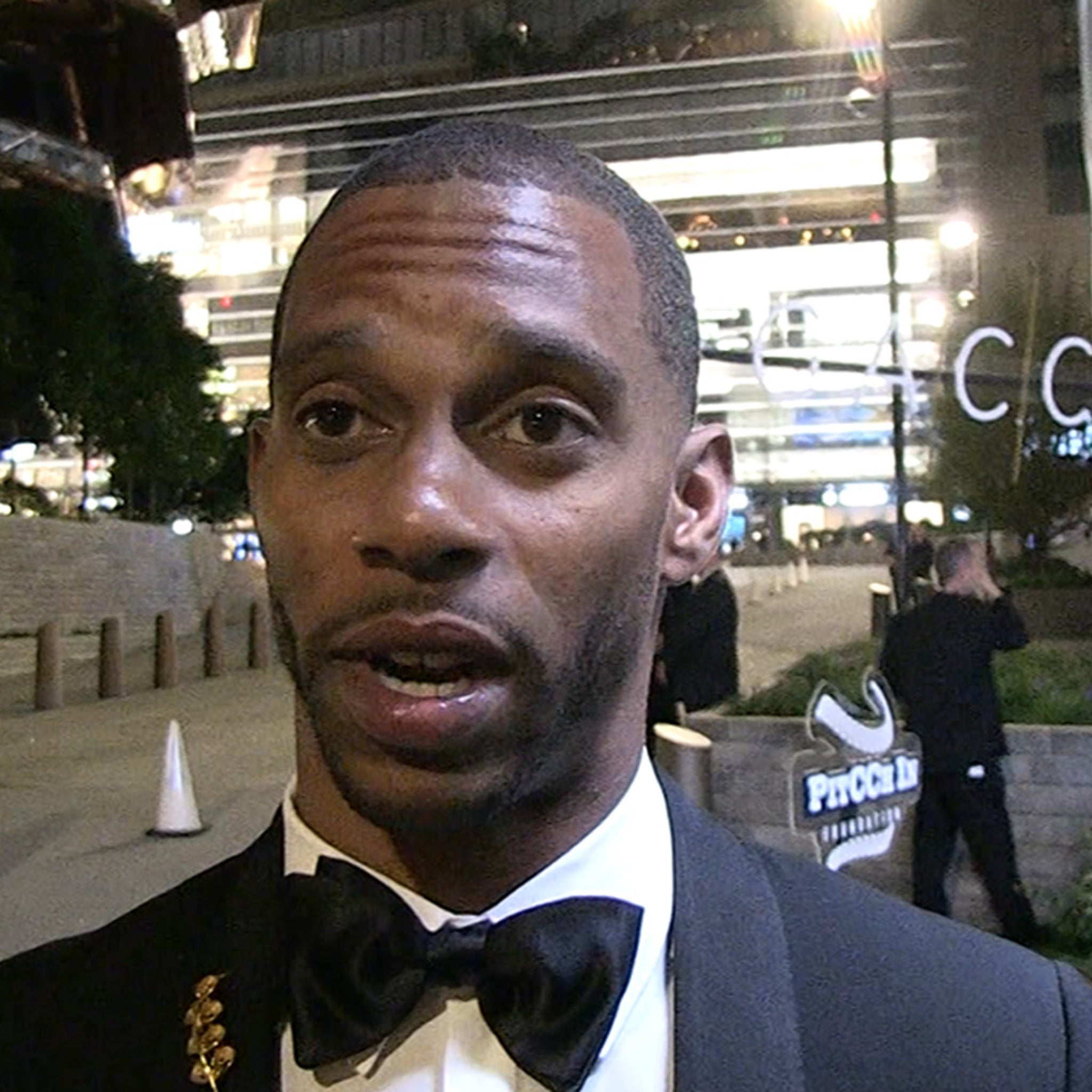 Victor Cruz Says He's Tempted To Make NFL Comeback, I Can Still Play!