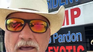 Joe Exotic's Legal Team Ready To Drive To D.C. To Ask Trump For Pardon